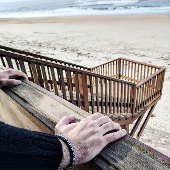 Si vas a tirar la toalla que sea en la playa. ??