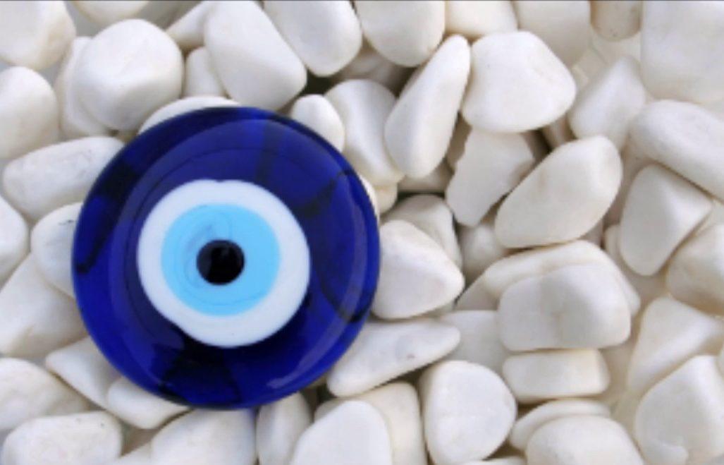 ¿Para que sirve la pulsera del ojo turco? Pulsera hombre