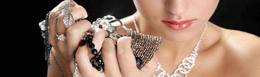 ¿Por qué usar joyas de acero inoxidable?